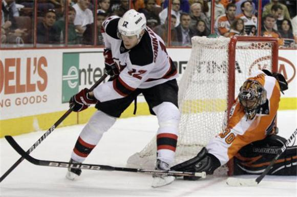 Bryz Blanks the Devils