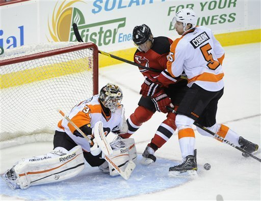 Flyers fall to Devils