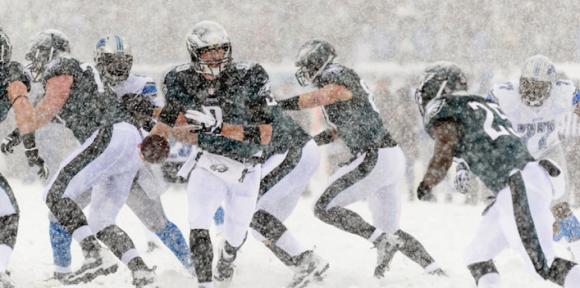 Nick Foles Eagles vs Lions - Snow Bowl