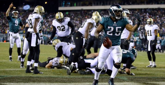 Eagles 24, Saints 26